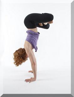 yoga stretch ...  do some yoga exercises! #yogaday great yoga class #bikram #yoga