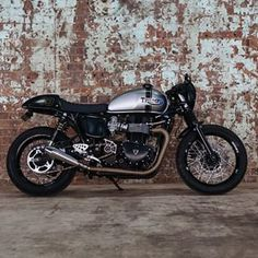 Andre's Triumph Thruxton Cafe Racer.
