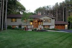 more on split level I like Exterior - traditional - Exterior - Minneapolis - Knight Construction Design Ranch Exterior, Exterior Remodel, Craftsman Exterior, Minneapolis, Split Level Exterior, Raised Ranch Remodel, Minnesota, Bi Level Homes, Split Level Remodel