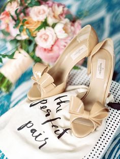 Fun Kate Spade Carnival Inspired Wedding Photo | Valentino nude bow wedding shoe | Ashley Goodwin Photography