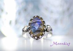 Oval Labradorite Gypsy Ring - Filigree Rose Cut Labradorite Ring In Sterling - Silver Vintage-Inspired Bezel Set Color Change Gem Ring