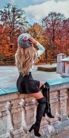Autumn Photography, Girl Photography Poses, Creative Photography, Photography Outfits, Cute Girl Drawing, Cute Girl Wallpaper, Digital Art Girl, Foto Pose, Girl Photo Poses