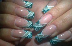 Diseños de uñas en fotos, diseño de uñas en fotos - brillo.  Join to CLUB! #uñasdecoradas #nailsdesign #uñasdiscretas