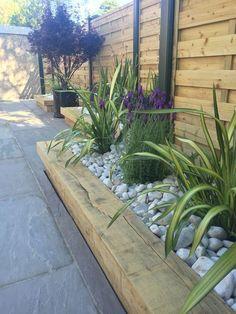 Back Garden Design, Modern Garden Design, Backyard Garden Design, Small Backyard Landscaping, Landscaping Ideas, Modern Design, Mulch Landscaping, Small Garden Planting Ideas, Front House Garden Ideas