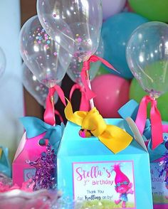 Trolls Party Boxes! With personalized tag and confetti filled balloons!  #toocutepaperie #trollsparty #partyboxes