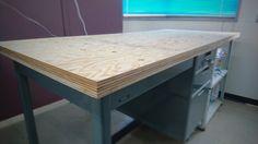 DIYプロジェクト 第三弾。今回は「スチール机をリフォーム」です!