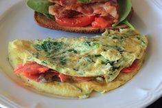 Smoked Salmon and Spinach Omelette | For more healthy and tasty recipes visit http://livinglargetinylot.com