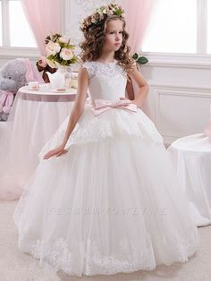 Lace Tulle V Back Long Princess Flower Girl Dress Blush Flower Girl Dresses, Boho Flower Girl, Princess Flower Girl Dresses, Lace Flower Girls, Little Girl Dresses, Girls First Communion Dresses, Robes D'occasion, Girls Dresses Online, Girls Pageant Dresses