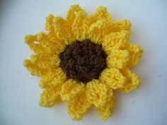 Ravelry: Crochet1Chocolate's Sunflower!  easier version of the first sunflower posted!