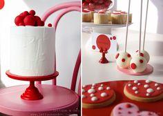 Red Spotty Love | Cake Pops