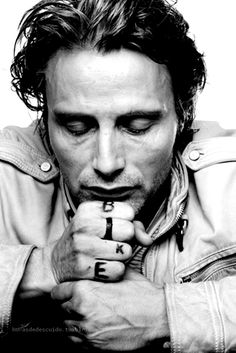 Some people are able to express emotion even with their eyes closed. The writing on his skin is an additional (conceptual) level to the work. (Mads Mikkelson)