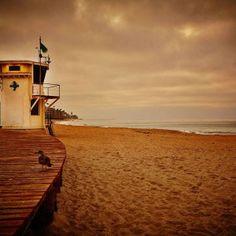 The boardwalk along Main Beach