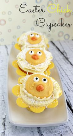Easter Chick Cupcakes. Cute for baby shower too