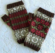 Ravelry: SweaterGoddess' Hungarian Rose Mitts