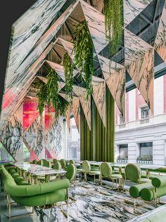 Ресторан Romola с подвесным садом в Мадриде: фото работы архитектора Андреcа Хаке | AD Magazine