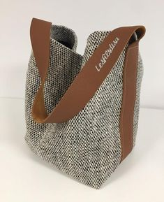Bucket bag in mottled canvas and fawn leather / Fabric shopper bag Denim Bag, Shopper Bag, Tote Bag, Leather Handle, Tan Leather, Leather Fabric, Cloth Bags, Handmade Bags, Large Bags