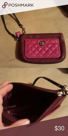 Coach wristlet Authentic Coach wristlet, Gently used, no tears, marks, or stains Coach Bags Clutches & Wristlets
