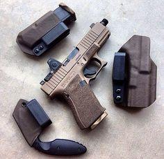 weaponslover:  Glock 19 Custom with RMR. Incog holster & spare mag holder.