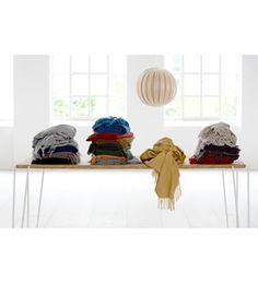 Classic i alpaka & uld Shops, Shoe Rack, Plaid, Classic, Gingham, Derby, Tents, Shoe Racks, Retail
