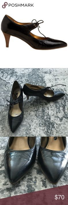 ECCO Gisborne Pump Black  EU 38 Shiny soft leather upper, leather lace string, metallic leather lining , cushioned footbed, pointed toe, approx 2 1/2 inch heels, rubber sole.  Very comfortable. Great for work. Only wore it 2 times, selling them because they are big for me ( I wear size 7 eu 37). Come in original box. Ecco Shoes Heels