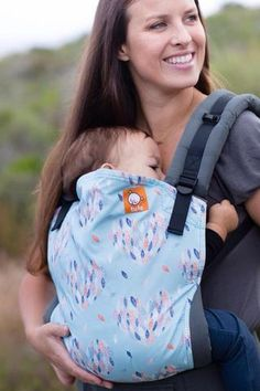 Canvas - Wrap Baby exclusive 'Hearts a' Flutter' TULA BABY CARRIER
