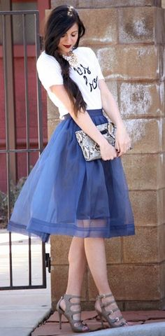 Need this tulle skirt!! I ♡ Tulle:: Tulle Skirts:: Retro Style:: Vintage Fashion:: Fool for tulle!