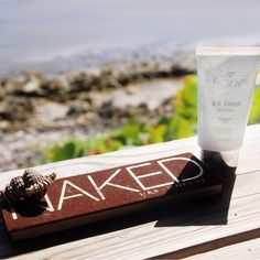 Day at the beach: Protect your face from the ☀ using @Carrie Mcknelly Mcknelly Mcknelly Boscia BB Cream with SPF 27 and play up your eyes with @urbandecaycosmetics Naked Palette for an effortless look. This photo was taken at a Sephora staffers wedding on an island off the coast of Belize! ❤