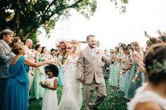 Casamento Fefe + Mab ♥  Beleza: @belezarialimeira Fotografia   Aloha Fotografia Arquitetura do evento  Taís Puntel Decor Wedding planner   Fica, vai ter bolo.