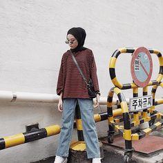 67 ideas travel fashion women street styles for 2019 – travel outfit plane Modern Hijab Fashion, Street Hijab Fashion, Hijab Fashion Inspiration, Muslim Fashion, Fashion Drug, Fashion Tv, Young Fashion, Fashion 2020, Fashion Ideas