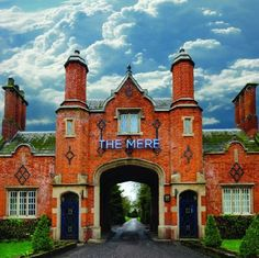 The Mere Golf Resort & Spa wedding venue in Mere, Knutsford, Cheshire