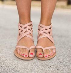 7d70cc5c6cee Women Flip Flops Plus Size Sandals Casual Flat Sandals with Zipper