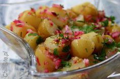 ChilliBite: Młode ziemniaki w letniej sałatce z czerwoną cebulą i rozmarynem