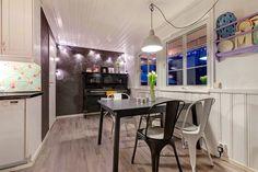 kjøkken, spiseplass Real Estate, Table, Furniture, Home Decor, Decoration Home, Room Decor, Real Estates, Tables, Home Furnishings