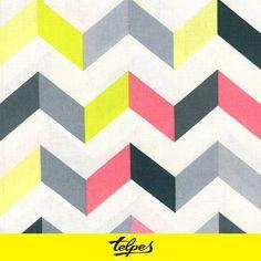 Zig zag estampado multicolor .Las más llamativas de nuestra tienda. nos encanta!!  http://www.telpes.es/