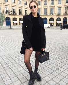 401.2 тыс. отметок «Нравится», 1,358 комментариев — Chiara Ferragni (@chiaraferragni) в Instagram: «Strolling around Paris for Haute Couture Week @calzedonia #Calzedonia #ChiaraWearsCalzedonia…»