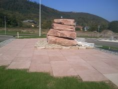 Schirmeck (67) - fontaine composée de roches empilées Sidewalk, Side Walkway, Walkway, Walkways, Pavement