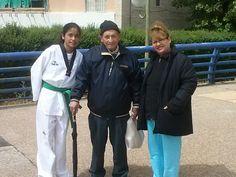 Don Jose (nuestro casero muy querido), nos acompaña en las practicas de Tae Kwon Do de Kory.