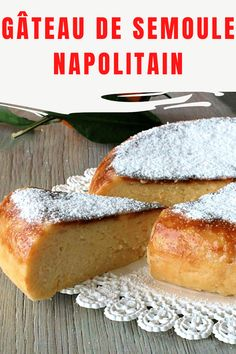 Le gâteau de semoule napolitain est un doux napolitain typique délicieux, crémeux, à la texture humide et avec un délicieux parfum d'orange et de vanille. On fait traditionnellement la période du carnaval et c'est très tentant, je dirais que c'est un délicieux dessert à la cuillère parce qu'il fond dans la bouche, nous voyons la recette ensemble! No Cook Desserts, Beignets, Hamburger, Food And Drink, Bread, Ricotta, Cooking, Biscuit, Muffins