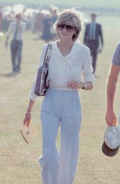 10 Casual Outfits That Show You Why Princess Diana's Style Is Still Doable
