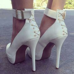 White stilleto pumps....