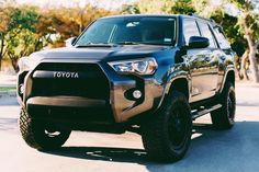 Developing technology and new cars technologies, actual car news, of your car problems and solutions. All of them and more than on begescars. Lifted 4runner, 2015 Toyota 4runner, Toyota 4x4, Toyota Trucks, Toyota Tundra, Toyota Tacoma, Jeep Suv, Jeep Truck, Suv Trucks