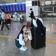 Find images and videos about girl, cute and style on We Heart It - the app to get lost in what you love. Ulzzang Korean Girl, Ulzzang Couple, Korean Best Friends, Girl Korea, Uzzlang Girl, Korean Couple, Best Friend Pictures, Cute Korean, Aesthetic Girl