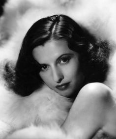 Portrait of Barbara Stanwyck, Hollywood Actor, Golden Age Of Hollywood, Vintage Hollywood, Hollywood Glamour, Hollywood Stars, Hollywood Actresses, Classic Hollywood, Hollywood Icons, Vintage Vogue