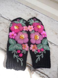 Купить варежки с вышивкой - цветочный, варежки, варежки ручной работы, валяние из шерсти, варежки женские