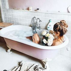 All About Bathtub Design Modern Sleep Journal, Relaxing Bath, Splish Splash, Clawfoot Bathtub, Bathtub Shower, Spa Day, Bath Time, Bath Bombs, No Time For Me