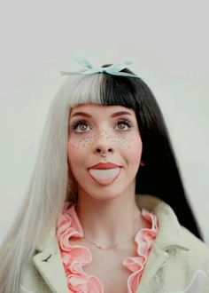 Find images and videos about melanie martinez, cry baby and crybaby on We Heart It - the app to get lost in what you love. Melanie Martinez Outfits, Crybaby Melanie Martinez, Melanie Martinez Makeup, Chica Cool, Grunge Hair, Cry Baby, My Girl, Crying, Hair Color