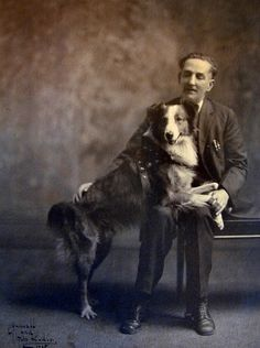 """""""Bobbie the Wonder Dog. Bobbie the Wonder Dog"""" of Silverton, Oregon, was the canine hero in a story that, in the became a national sensation Me And My Dog, Your Dog, English Shepherd, Australian Shepherd, Dog Stories, Crazy Stories, Rough Collie, Collie Mix, Vintage Dog"""