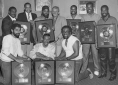 Frankie Beverly, Handsome Black Men, Maze, Blues, Entertainment, Actors, Classic, Music, Fictional Characters