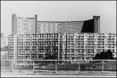 This article evaluates the inherent ambiguity of the landmark Park Hill housing estate in Sheffield, England. Sheffield Park, Council Estate, Social Housing, South Yorkshire, Hyde Park, Built Environment, Brutalist, London City, Great Britain