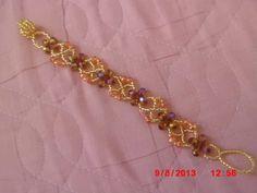 Simple bracelet in crosses